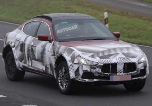 Πληροφορίες για τη νέα Alfa SUV